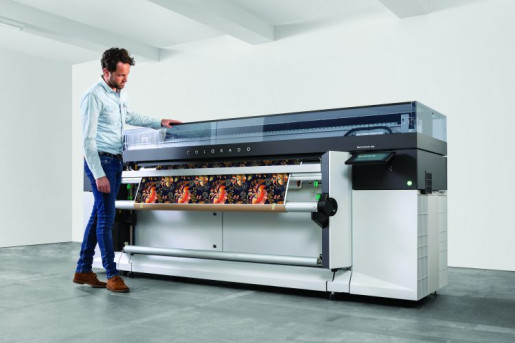 Canon's Océ Colorado 1650 features FLXfinish technology, which lets the operator choose between a matte or gloss output for each individual print.