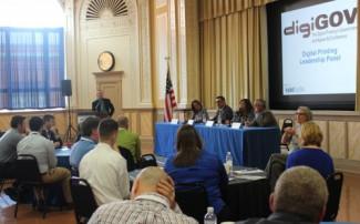 IPG's Bob Neubauer questions a panel of digital experts.