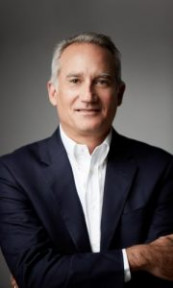 Joel Quadracci, chairman of Quad, claims the printing industry's longest continuously serving chief executive at 13 years. He called off the plans to acquire LSC Communications, due to a lengthy period required to fight a court battle.